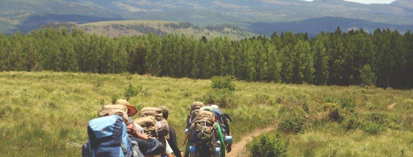 Drei Wanderer auf einem der schönsten Wanderwege Deutschlands