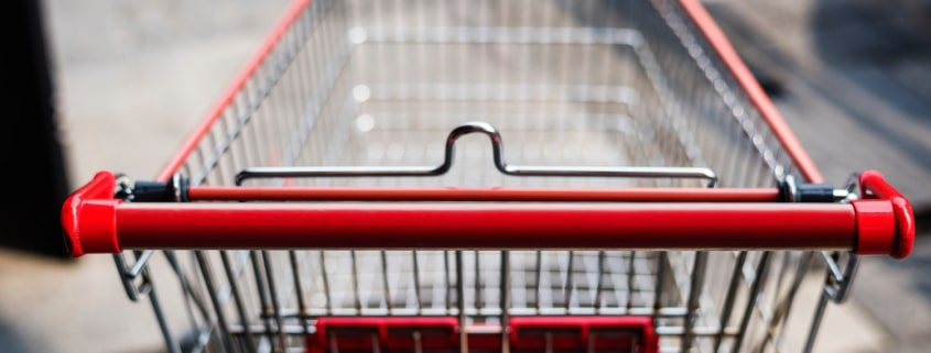 Leerer Einkaufswagen zum Kauf-nix-Tag