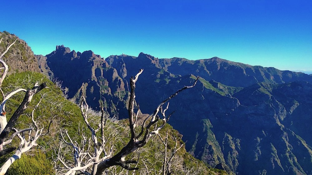Blick vom Pico Ruivo auf Madeira